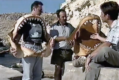 1987, Malta Alfredo Cutajar au centre et Ian Fergusson  à droite, en plein débat